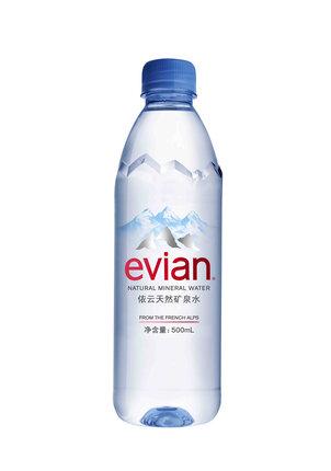 法国进口 evian/依云 法国天然矿泉水500ml/瓶